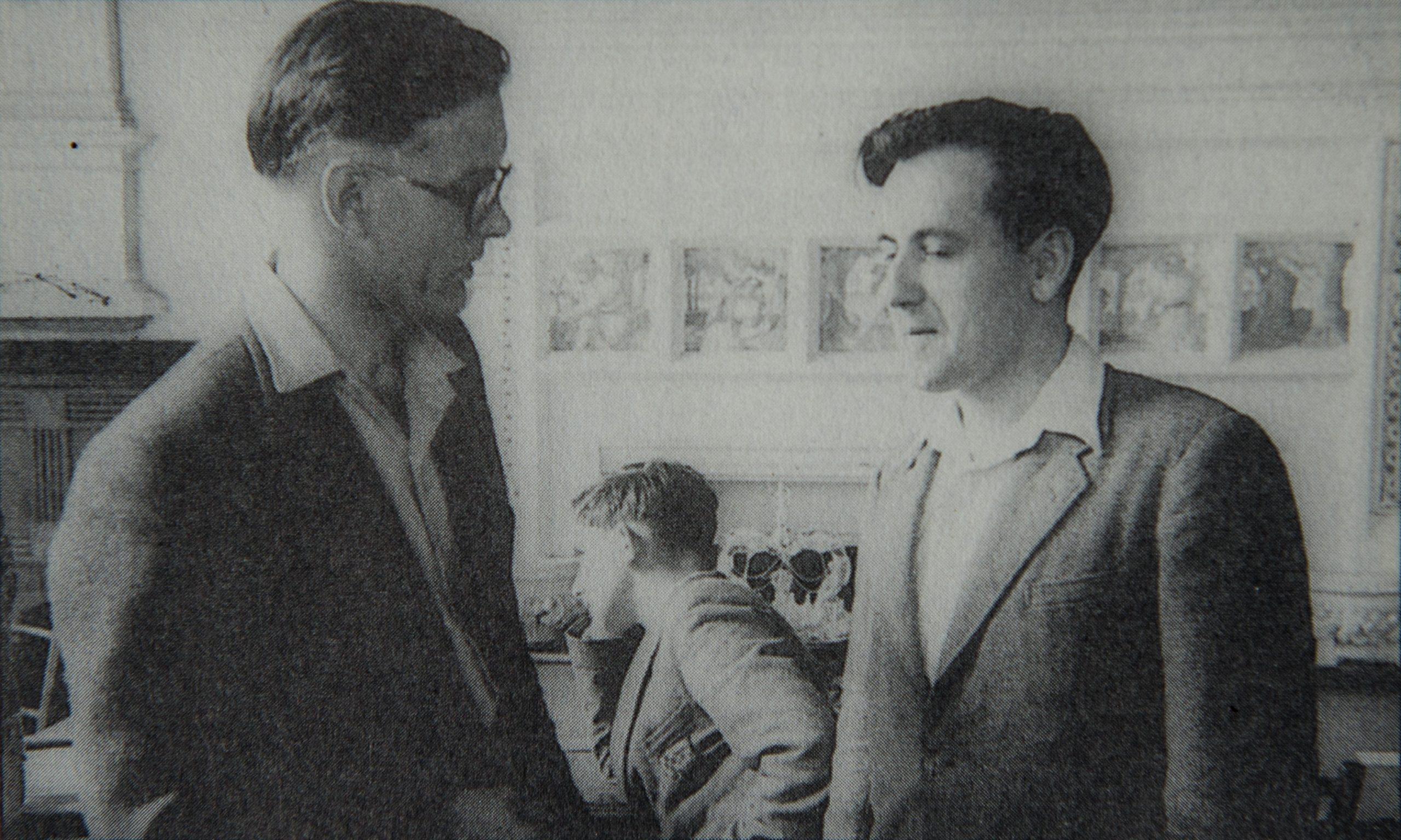 David Hooper (left) in conversation with Alan Phillips. Location and photographer unknown.