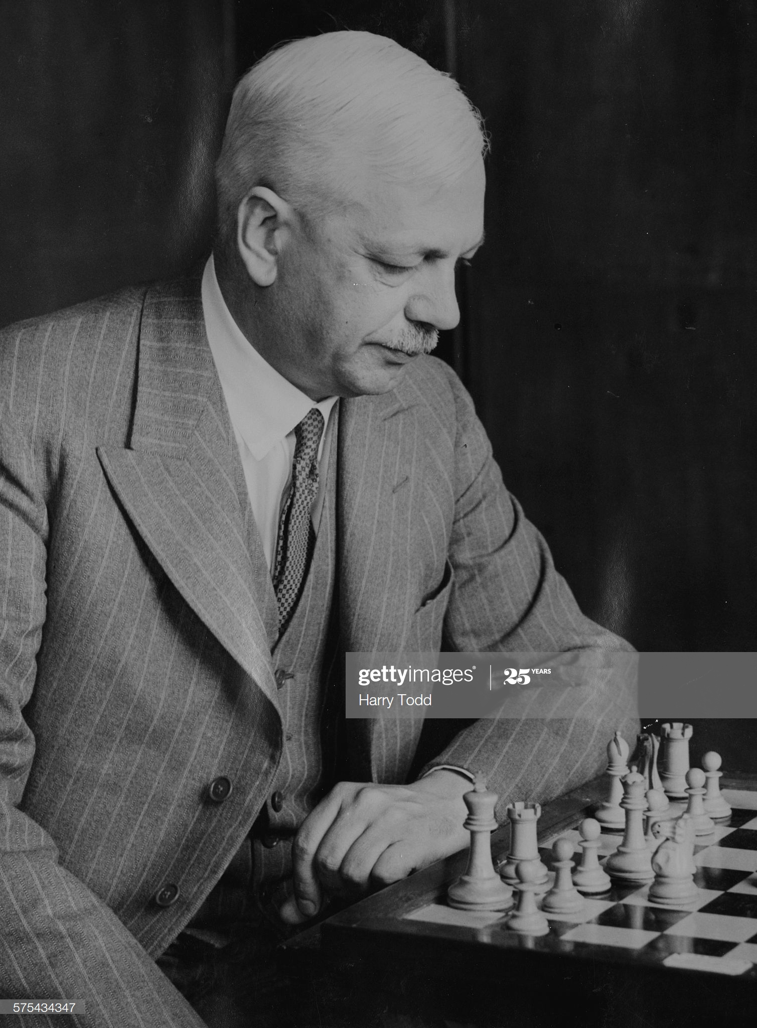 British chess champion Sir George Thomas playing at the Annual British Chess Federation Championship in Yarmouth, England, July 11th 1935. (Photo by Harry Todd/Fox Photos/Getty Images)