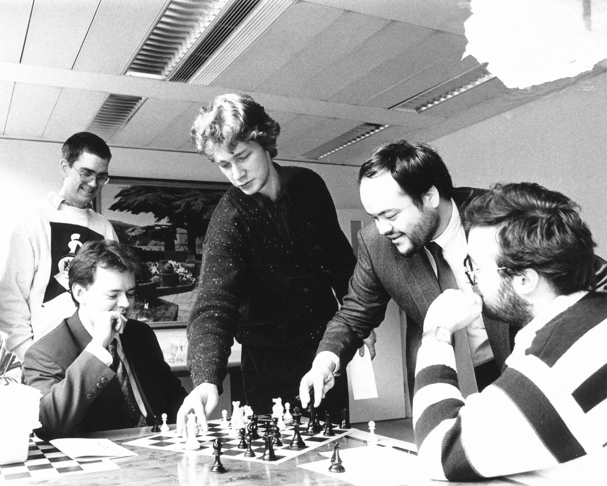 William Watson, Jonny Hector, Alexander Khalifman, Jonathan Tisdall and Nigel Davies at the 1991 Watson, Farley, Williams tournament in London.