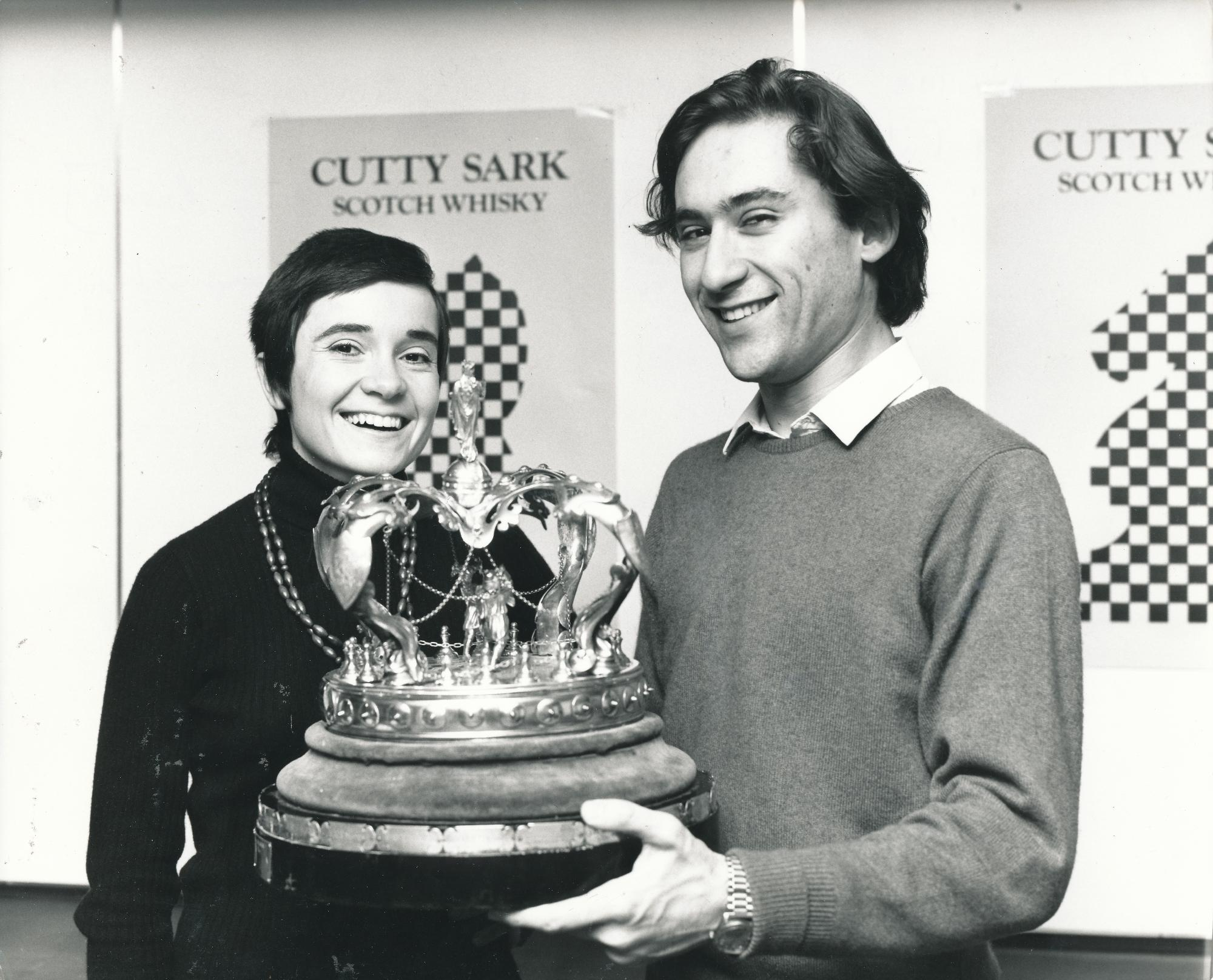 Jana & Bill Hartston celebrate a family double at the British Championships in 1973 at Eastbourne