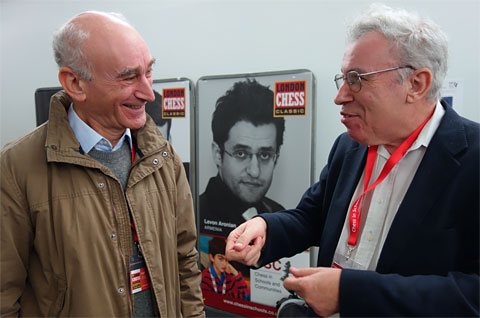 Michael Stean chats with David Levy at the London Chess Classic