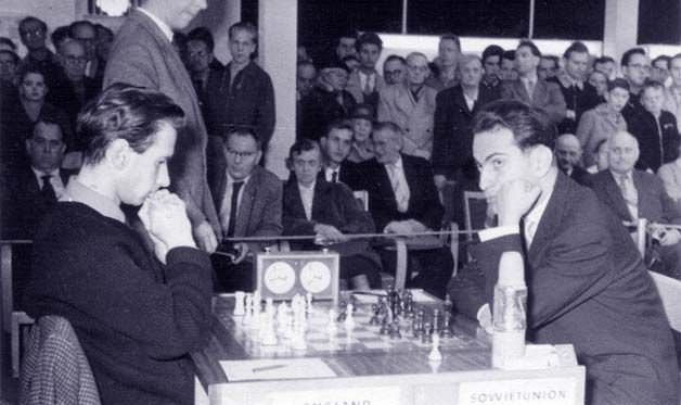 Jonathan Penrose vs Mikhail Tal, Leipzig Olympiad, 1960, 1-0, Modern Benoni