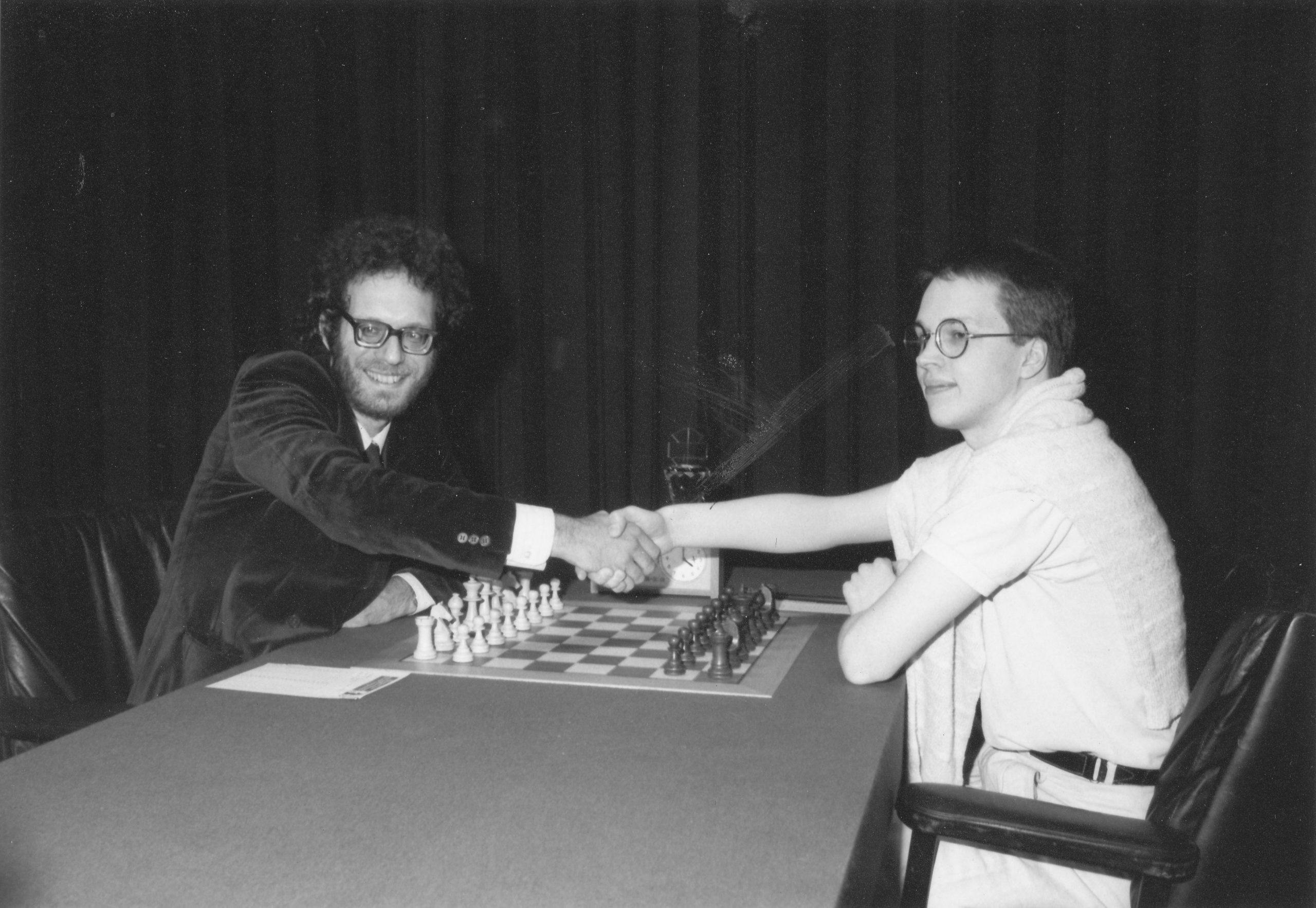 Jon Speelman and Nigel Short at the start of their 1989 Candidates match. Jon won 3.5 - 1.5