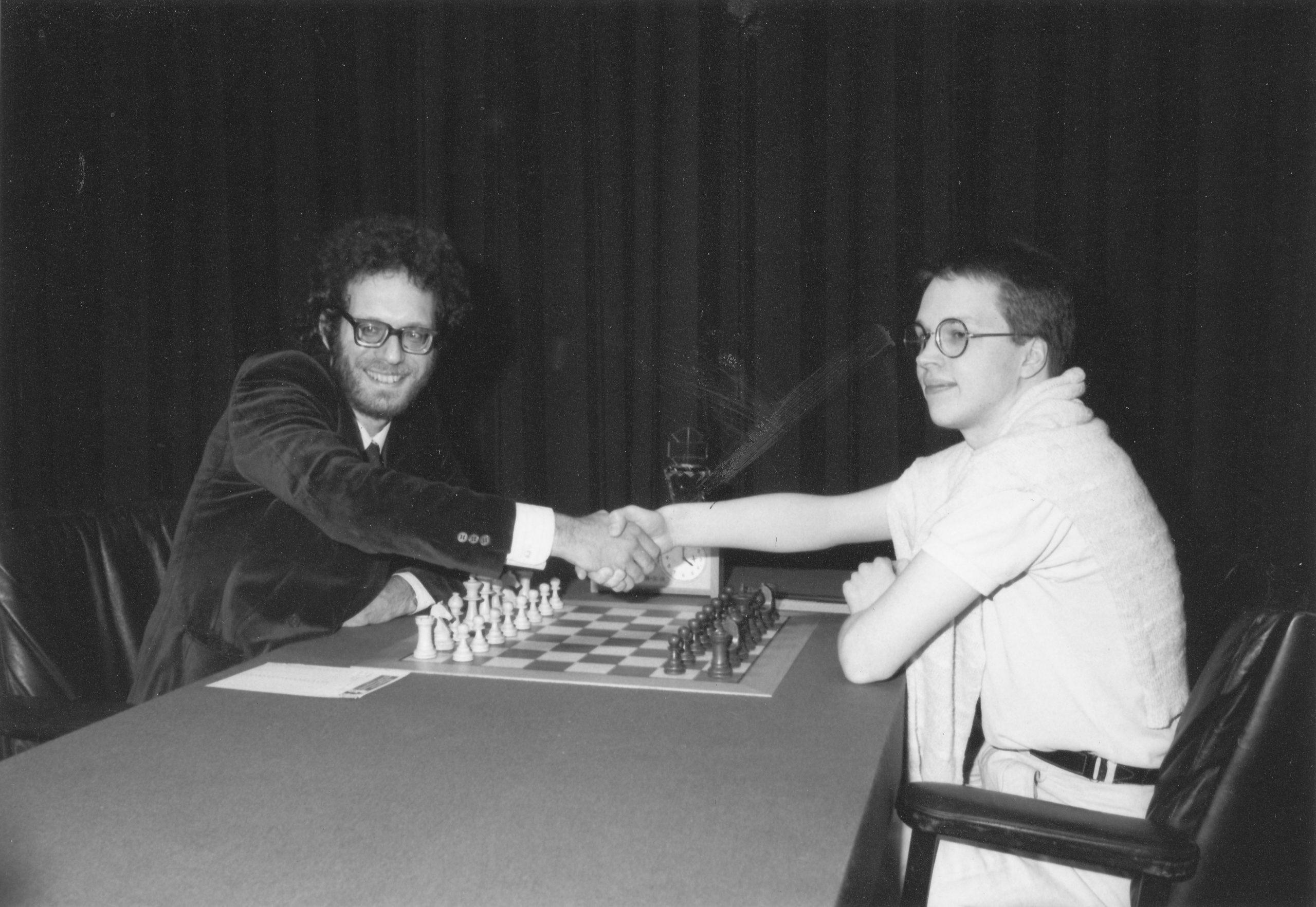 Jon Speelman and Nigel Short at the start of their 1989 Candidates match. Jon won 3.5 - 1.5