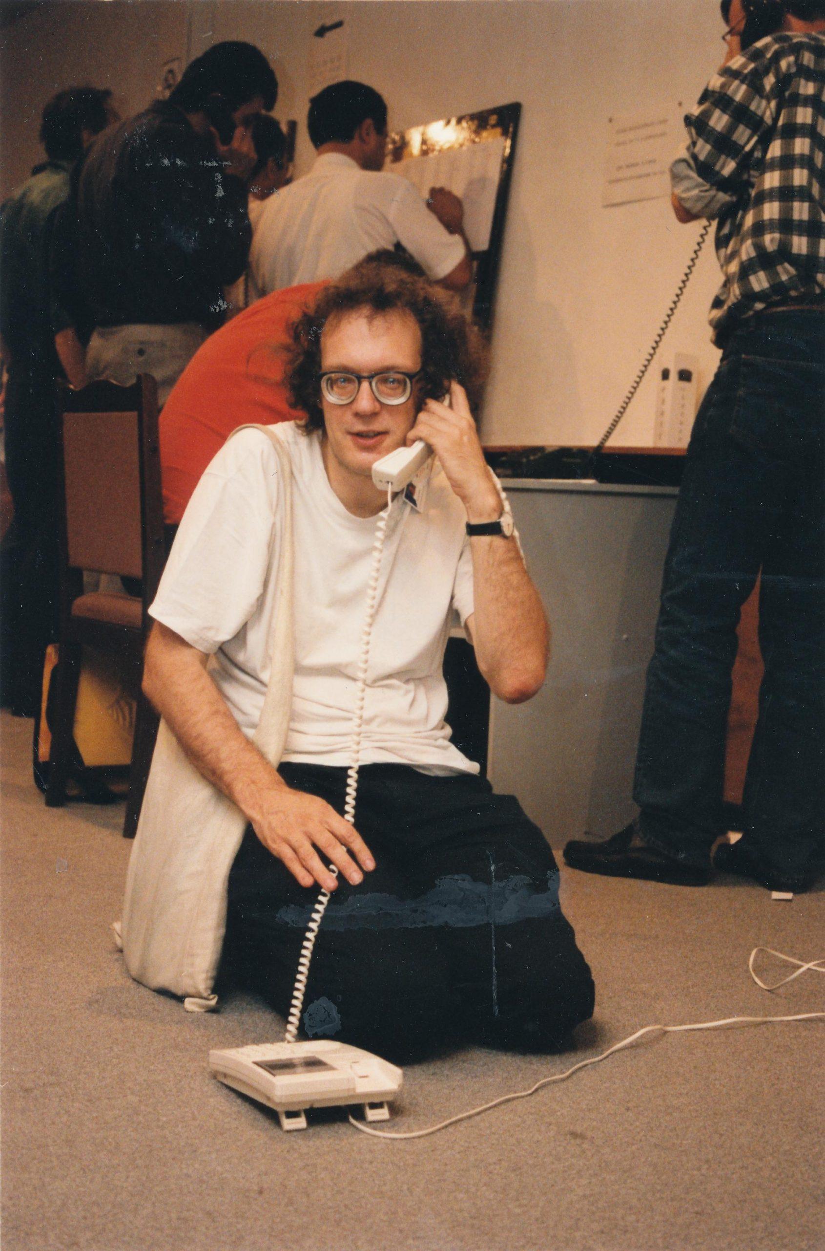 Jonathan Speelman telephones good news