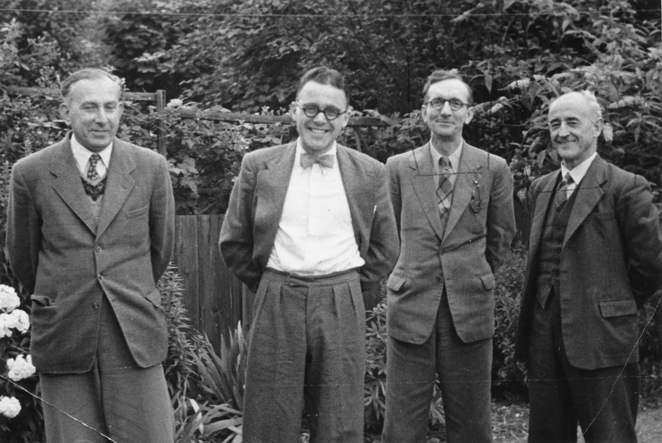 Harry Golombek, Stanley Sedgwick, Brian Reilly and DJ Morgan in the garden of Brian Reilly. Photo probably taken by Freddy Reilly.