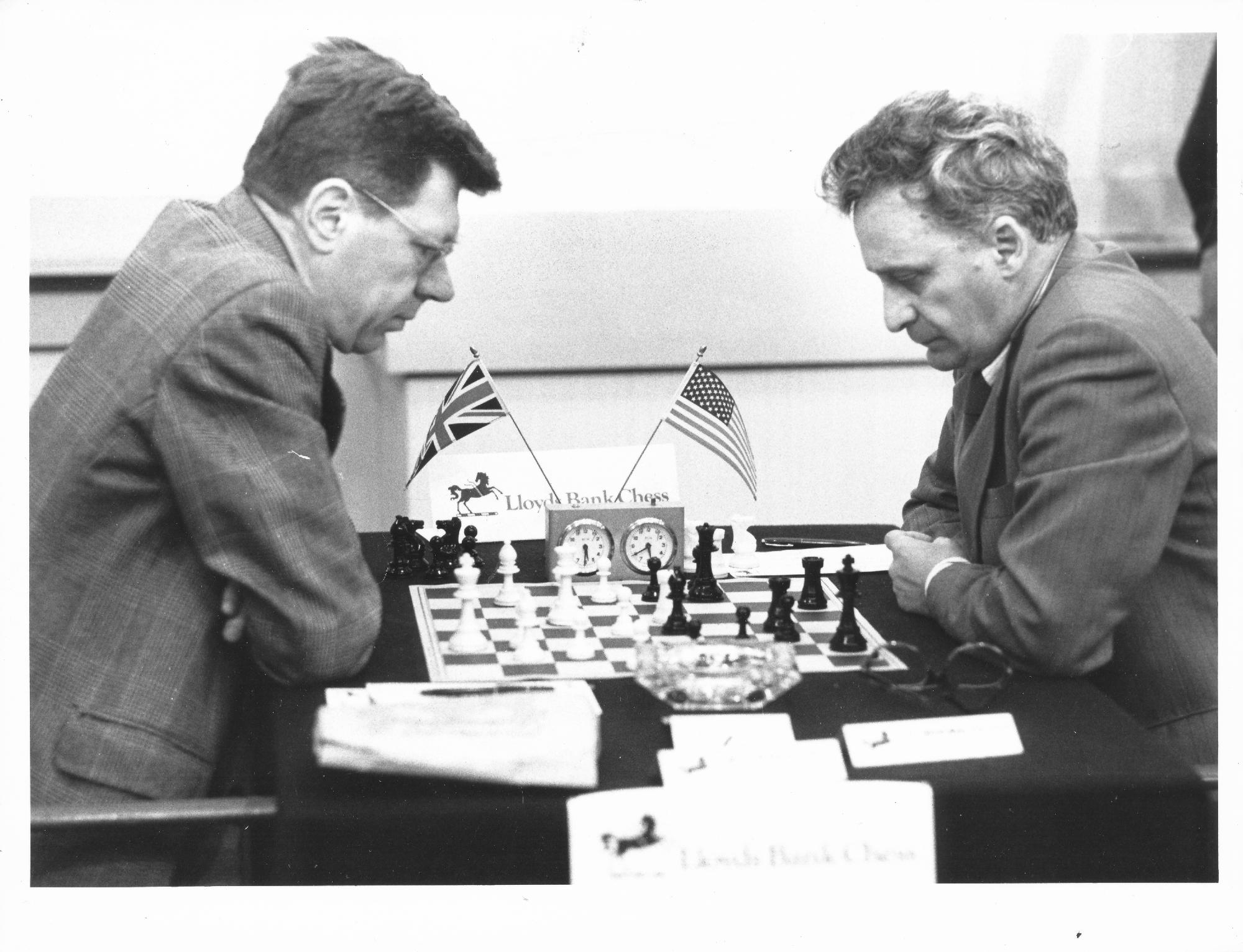 Michael Franklin (left) at the Lloyds Bank Masters playing IGM Leonid Shamkovich