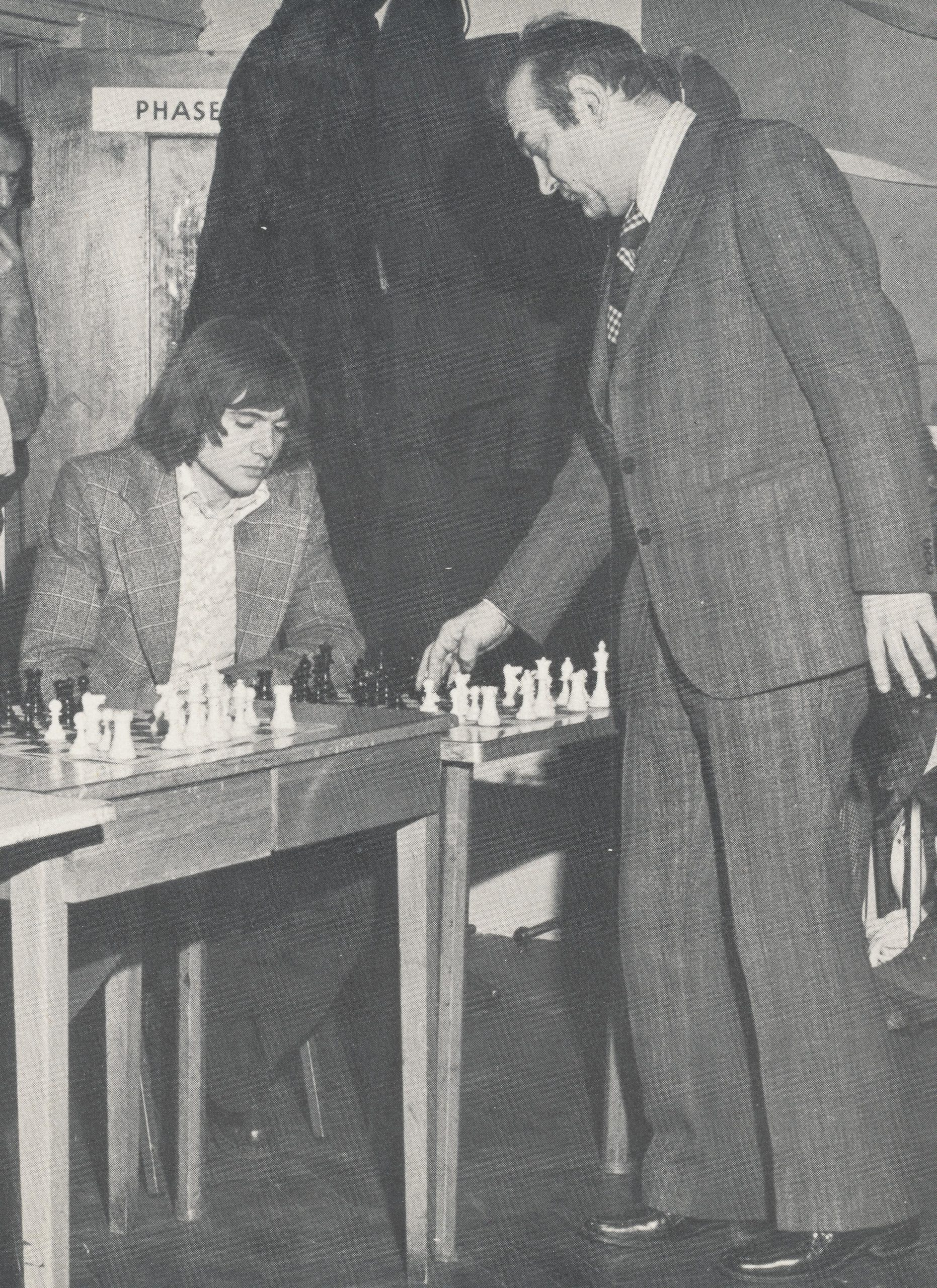 Jimmy plays Viktor Korchnoi at the Endell Street premises of London Central YMCA on January 18th, 1976. Photographer potentially John Yeo