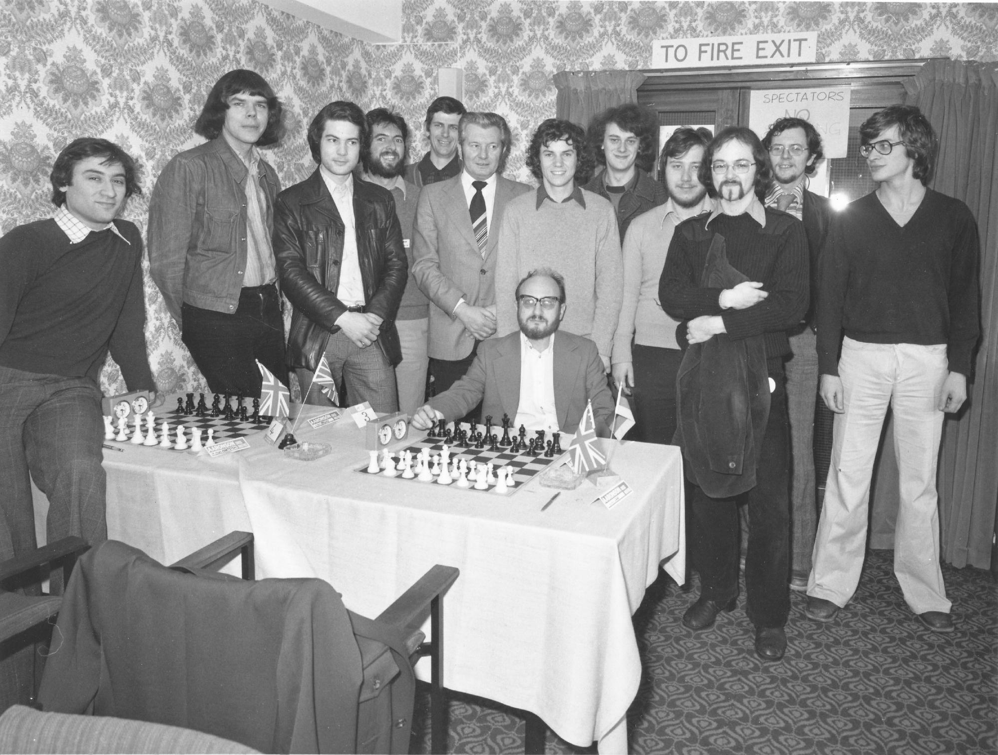 Bill Hartston (far left) at the Lloyds Bank Masters
