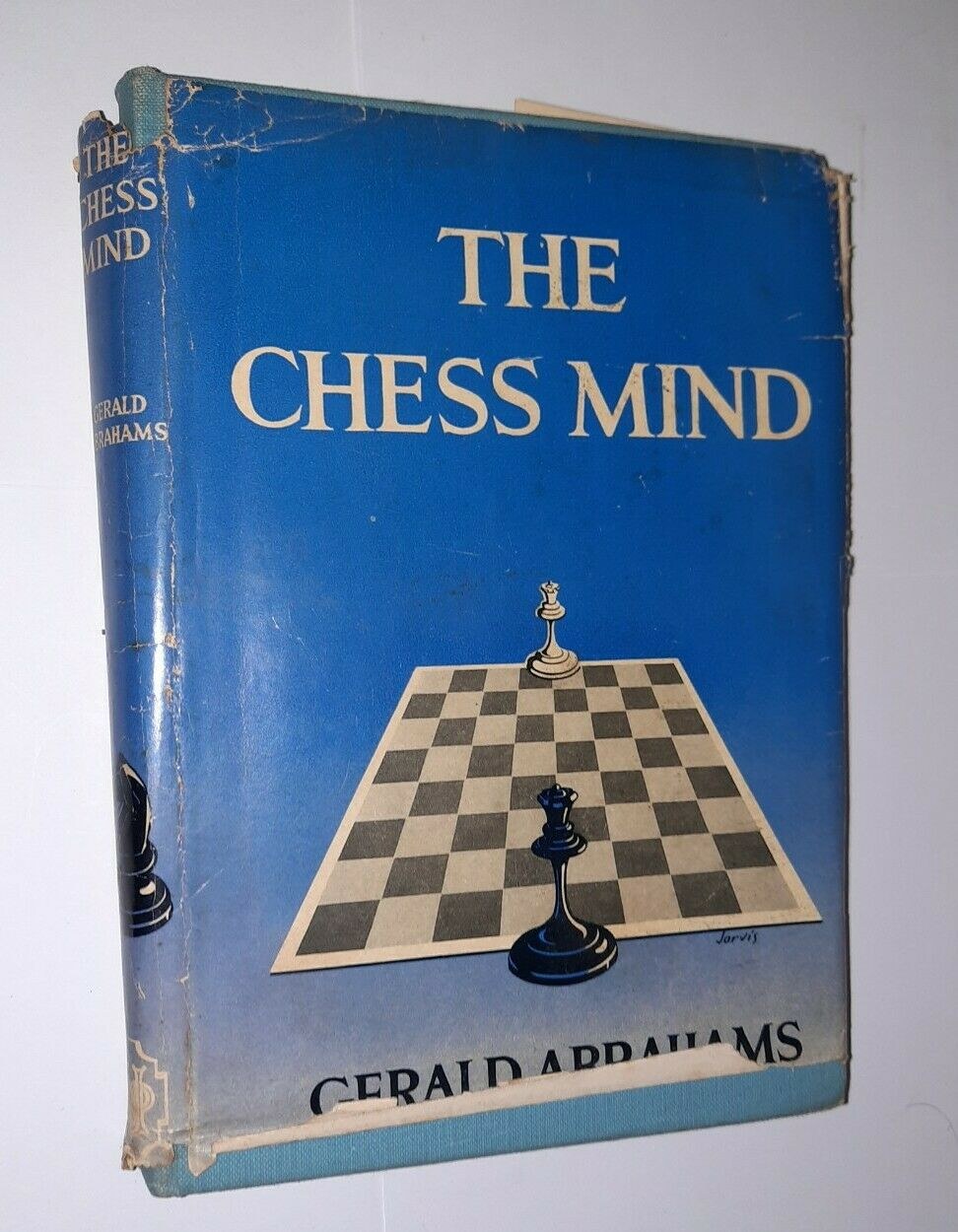 The Chess Mind, Gerald Abrahams, The English Universities Press, 1951, ISBN 0 340 19492 8