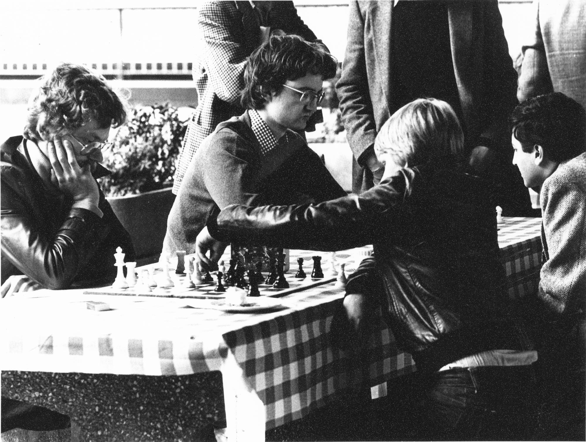 Neil Carr, (foreground, right)  at London's South Bank, Peter Sowray in the background.. Photo by Clive Field, London Chess Association