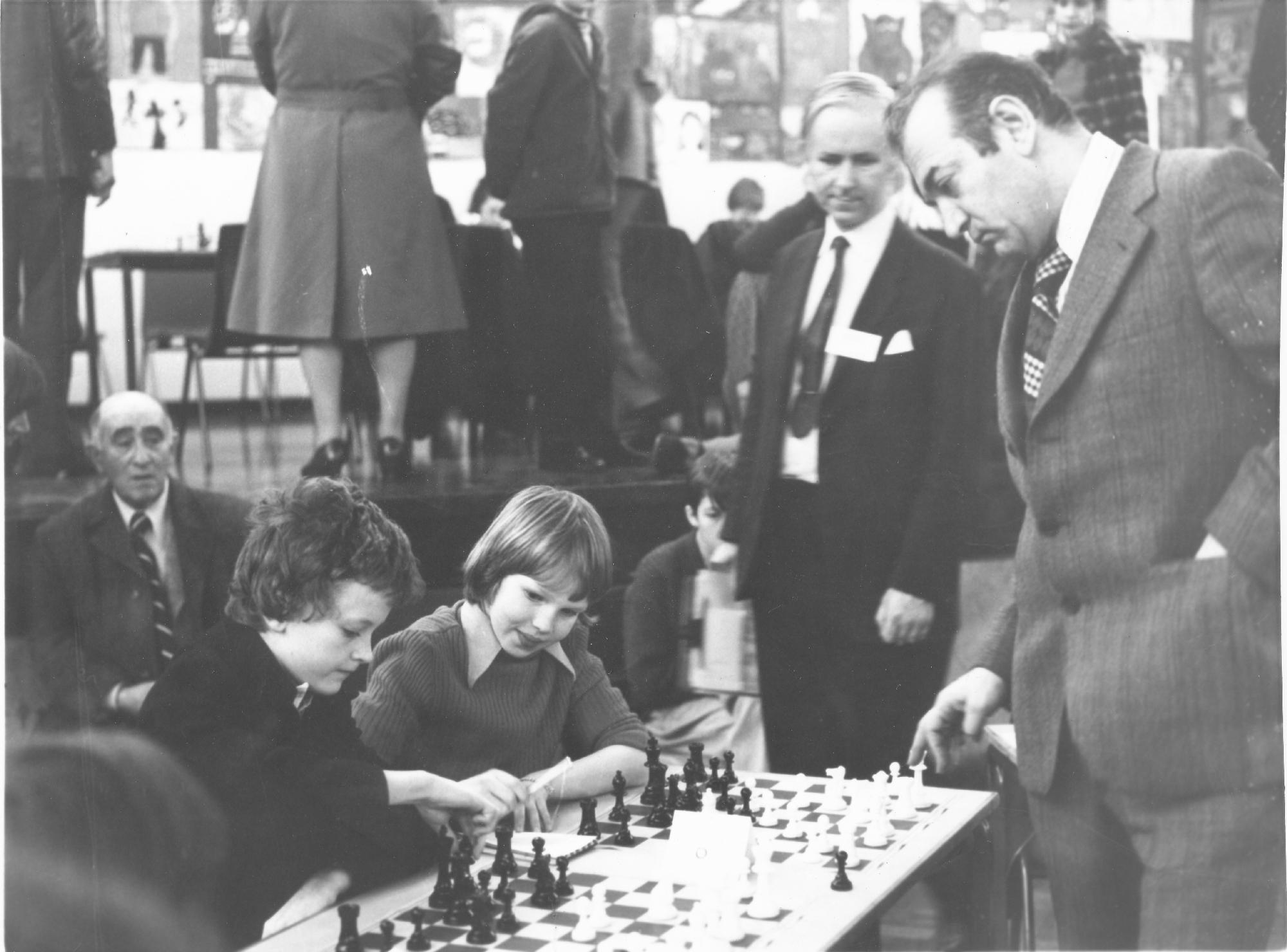 Julian and Nigel Short play Korchnoi in a simul. Leonard Barden observes.