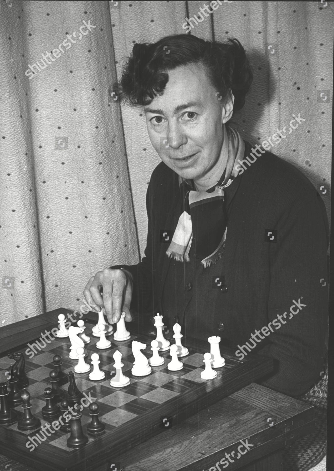 Mandatory Credit: Photo by ANL/Shutterstock (4745287a) Miss Eileen Tranmer 43-year-old British Women's Chess Champion. Box 556. Miss Eileen Tranmer 43-year-old British Women's Chess Champion. Box 556.