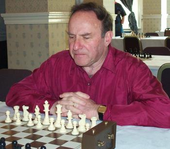 IM James Sherwin, Photograph copyright © 2001 Helen Milligan of New Zealand Chess