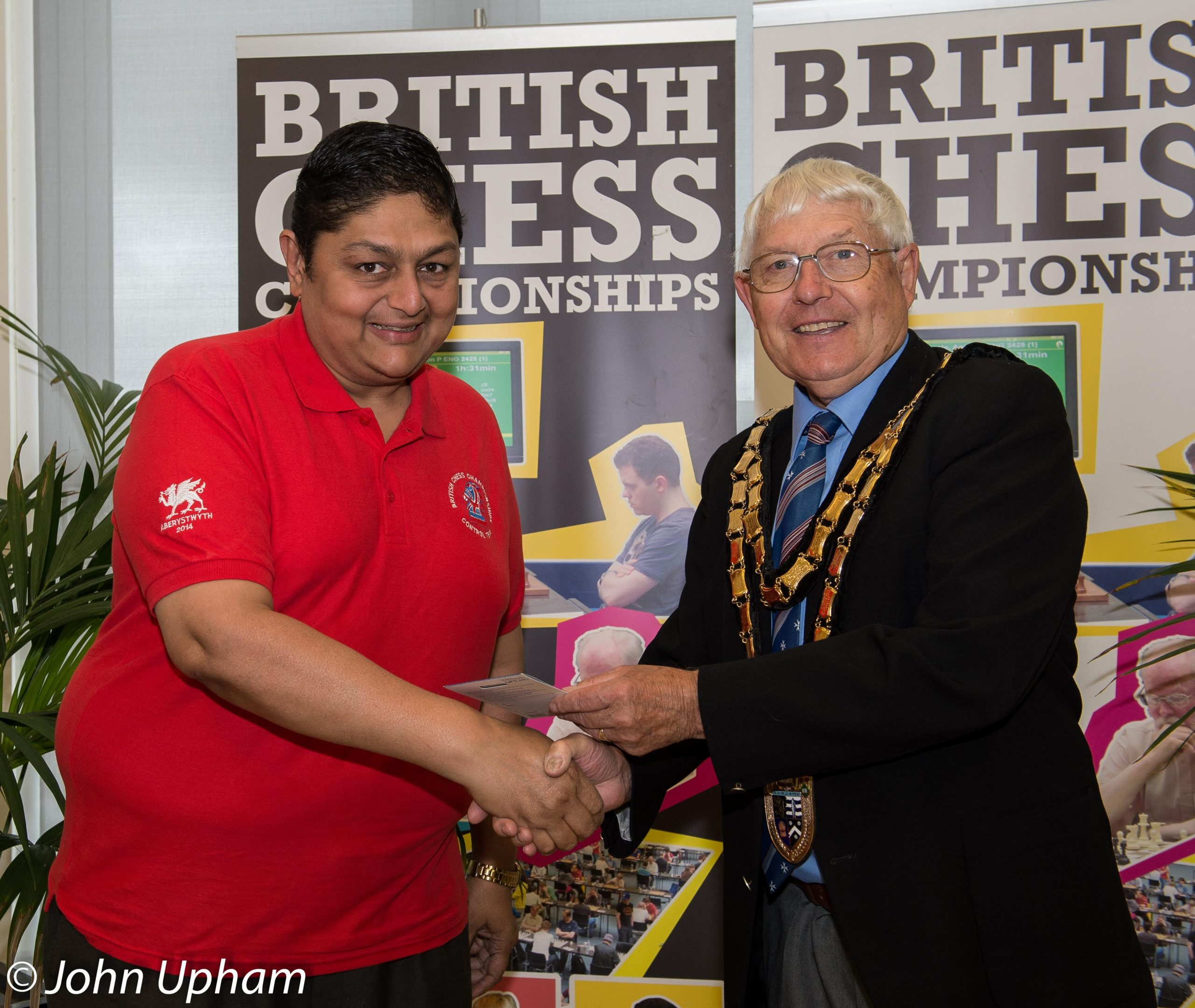 Ravi at the closing ceremony of the 2014 British Championships at Aberystwyth. Courtesy of John Upham Photography