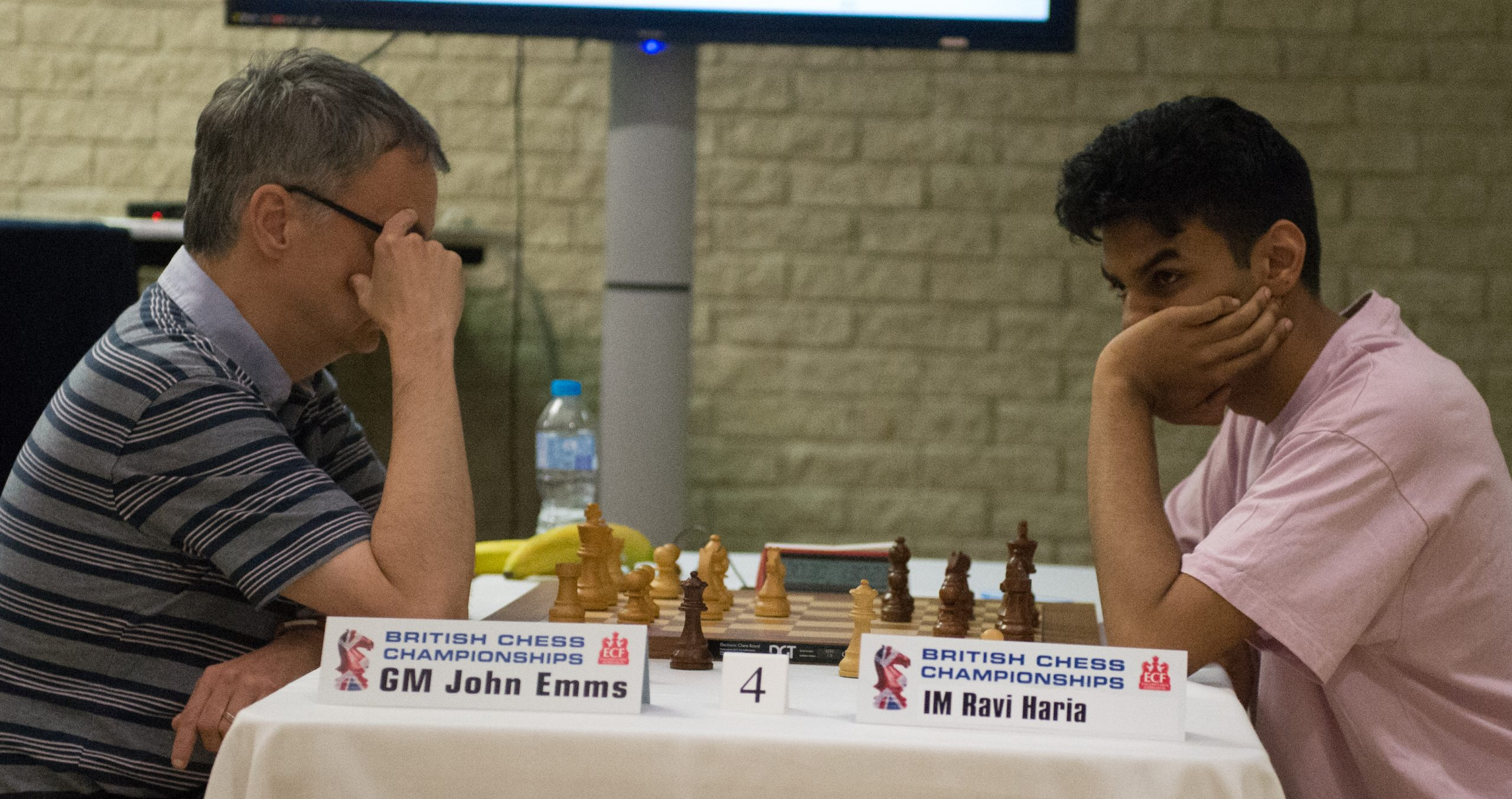 GM John Emms plays IM Ravi Haria in the final round of the 2019 British Championships in Torquay