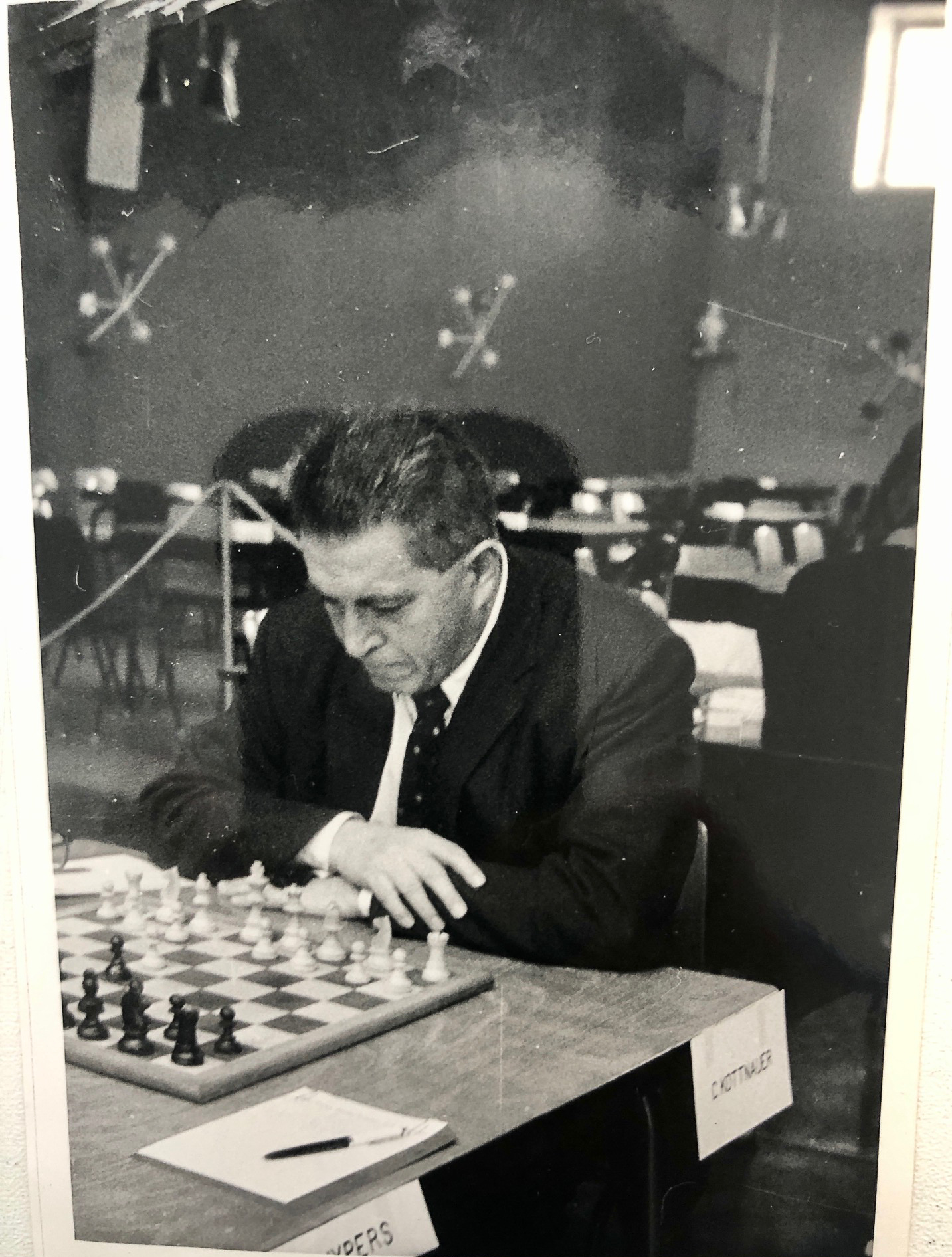 Čeněk Kottnauer plays Frans Kuijpers during the 1964 Anglo-Dutch match at Vlissingen on September 19th