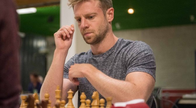 Birthday of GM Stephen Gordon (04-ix-1986)