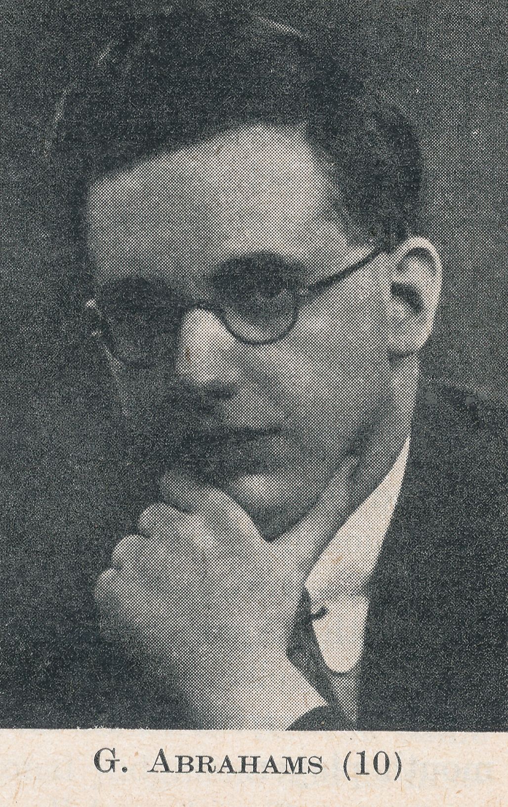 Gerald Abrahams (15-iv-1907 15-iii-1980). Source : The Anglo-Soviet Radio Chess Match
