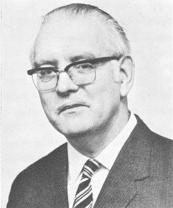 David Vincent Hooper, from The Encyclopedia of Chess, Harry Golombek