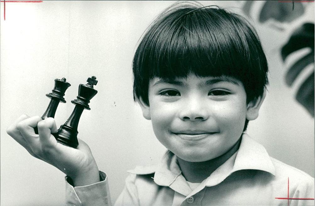 Demis Hassabis in August 1987, Photographer : Glenn Copus. Source : Amazon