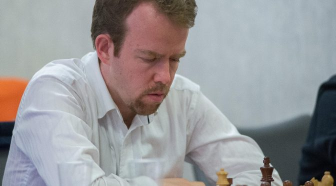 Birthday of GM Jonathan Rowson (18-iv-1977)